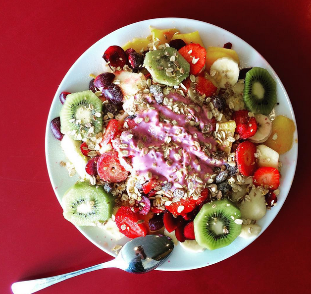 Ensalada de fruta. Foto vía Instagram: @mimikmex