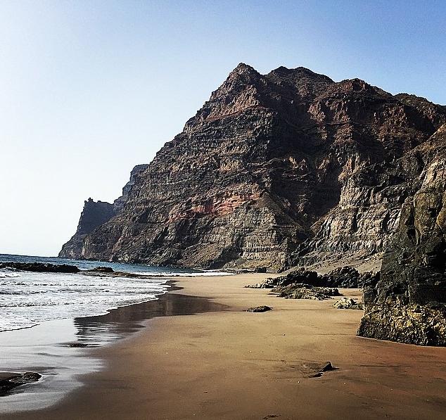 Playa de Güigüi. Foto vía instagram: crllarena