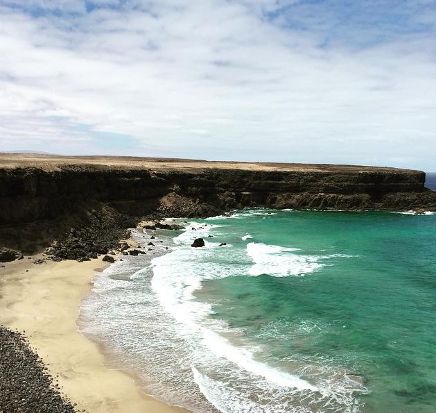 Playa del Esquinzo. Foto vía Instagram: @19michele89
