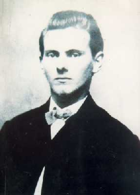 Jesse James. Foto vía Wikipedia. - Jesse_James