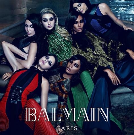 Última campaña de Balmian, donde se utiliza a las hermanas de las supermodelos Gigi Hadid, Joan Smalls y Kendall Jenner como reclamo. Foto vía Instagram: @balmainparis