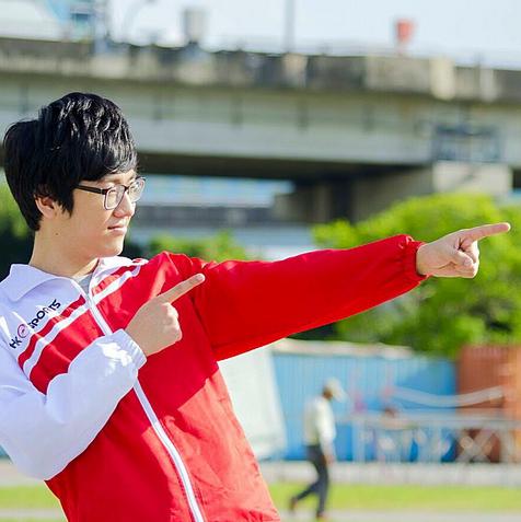 Miembro del equipo Hong Kong Esports Limited. Foto vía Instagram: @hkesports