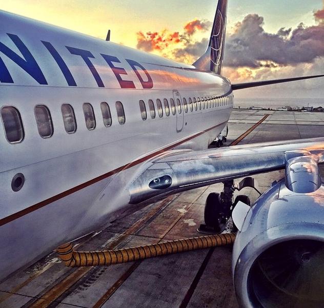 Imagen de un avión de la compañía United Airlines. Foto vía Instagram: @united