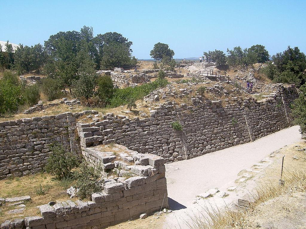 Restos de la muralla de Troya.
