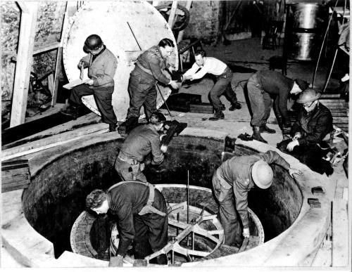 La pila atómica experimental alemana en Haigerloch, abril de 1945. Foto: Librería del Congreso / Washington