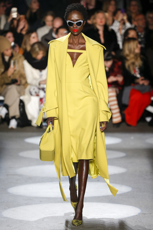 Christian Siriano 2016-2017 Foto vía Vogue runway