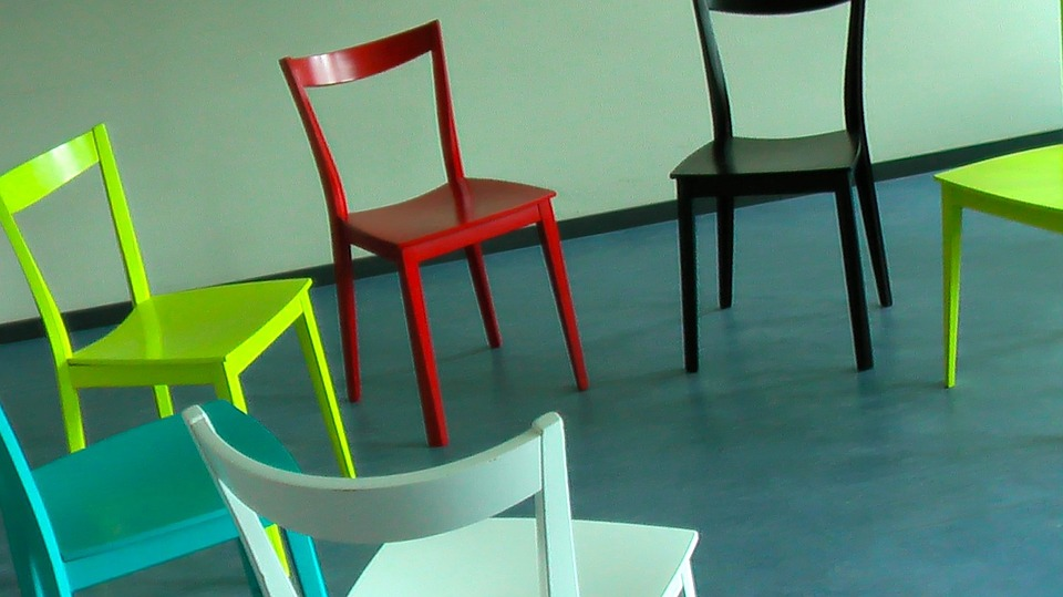 chairs-58475_960_720