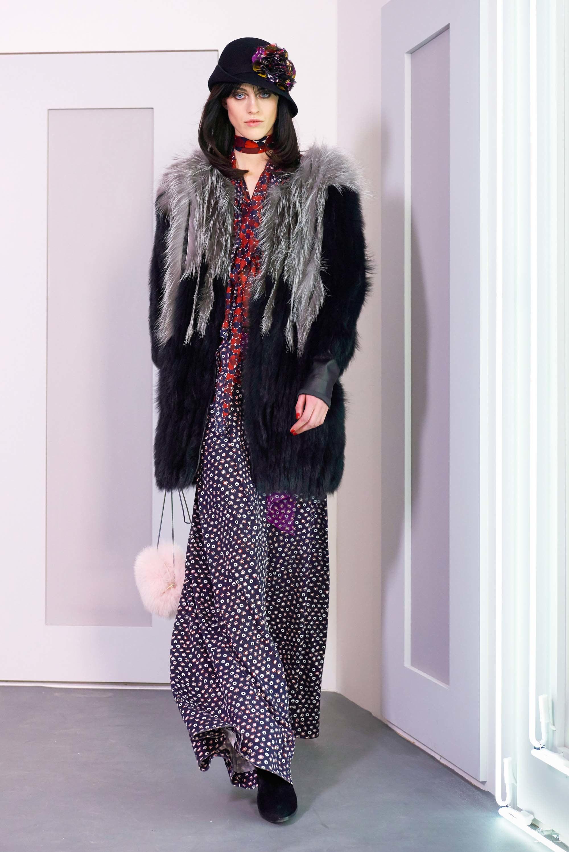 Diane von Furstenberg OI 2016-2017 Foto vía Vogue runway