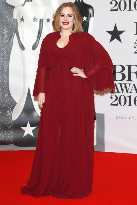 Adele Foto vía HBZ