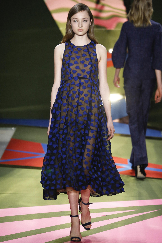 Lela Rose O/I 2016-2017 Foto vía Vogue runway