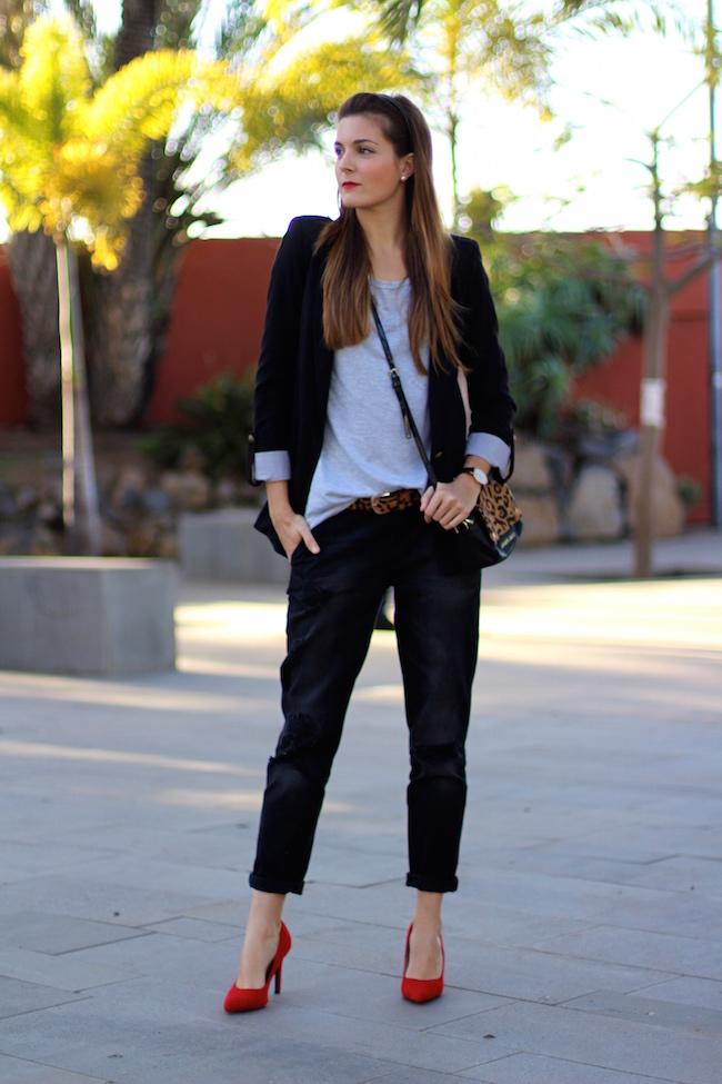 marilyns closet black boyfriend jeans ootd looks street style - 9