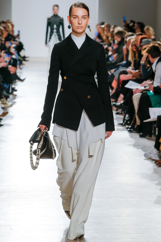 Proenza Schouler O/I 2016-2017 Foto vía Vogue runway