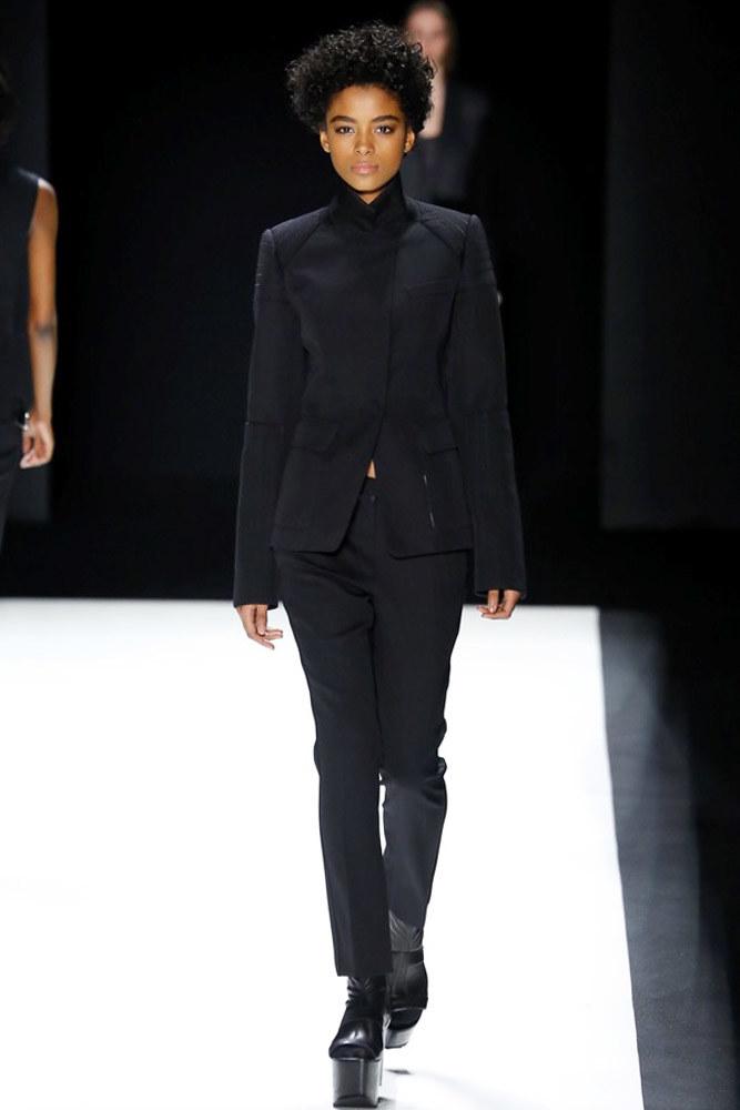 Vera Wang O/I 2016-2017 Foto vía Vogue runway